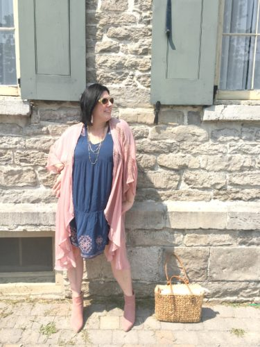 How to Style a Pink Kimono for Fall | Shelbee on the Edge